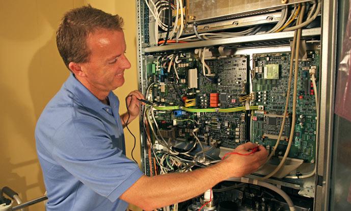 cass-website-equipment-service-image2.jpg