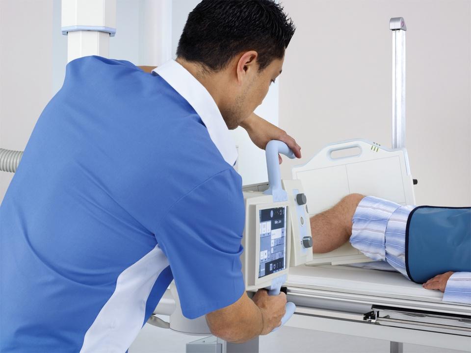 ysio-clinical-viewer1-00004772~10.jpg